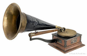 Victor Type R phonograph