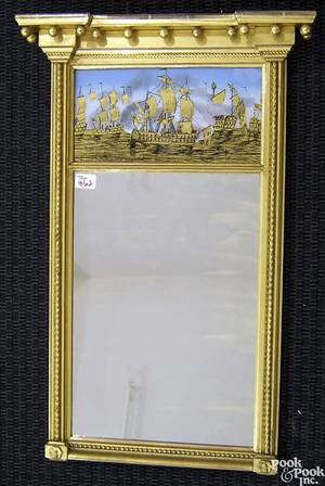Federal carved giltwood mirror