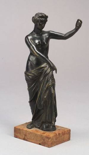Small Bronze Grand Tour Figure of a Classical Woman