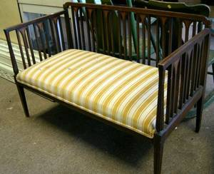 Federalstyle Upholstered Settee