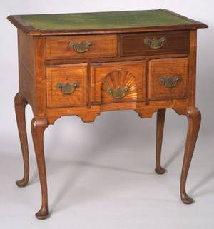 Queen Anne Walnut Inlaid Dressing Table