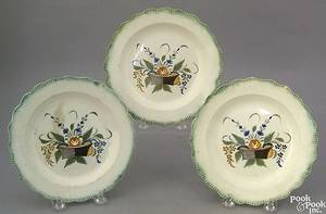 Set of 3 Leeds cup plates 19th c