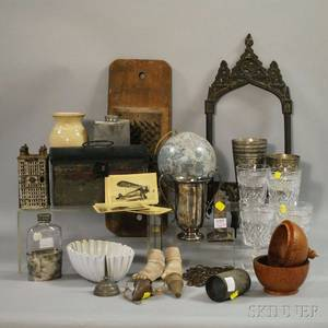 Group of Country Collectible and Decorative Articles
