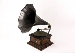 Victor External Horn Phonograph