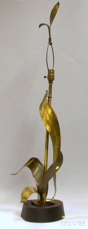 Midcentury Modern Brass Palm Frond Table Lamp with Wood Base