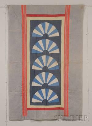 Pieced Cotton Fan Pattern Quilt