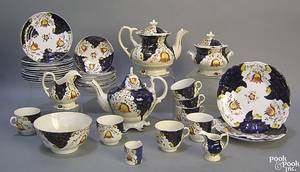 Gaudy Welsh tea service in the tulip pattern
