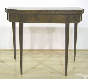 Philadelphia Federal mahogany card table ca 1810