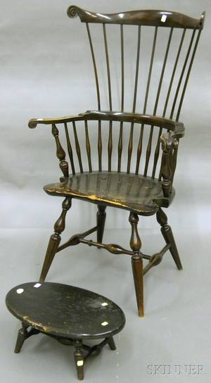 Wallace Nutting Windsor Stained and Carved Oak Maple and Pine Fanback Knuckle Armchair and Oval Footstool
