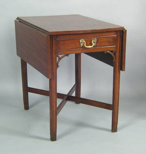 Philadelphia Chippendale mahogany pembroke table late 18th c