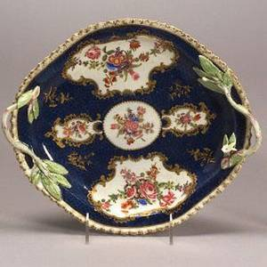 Dr Wall Worcester Porcelain Scale Blue Dish