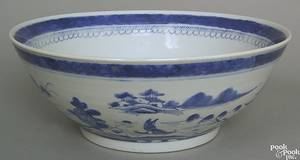 Chinese export Canton bowl early 20th c