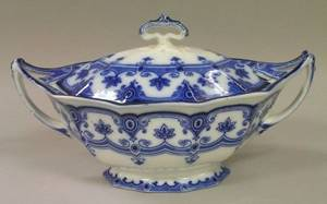 F  Sons Flow Blue Dudley Pattern Covered Tureen