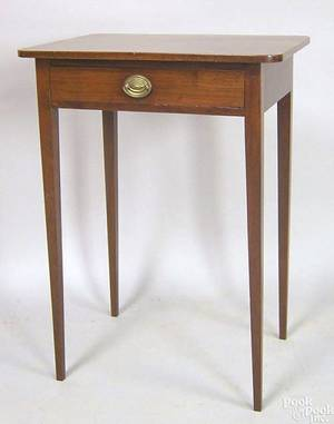 Pennsylvania Federal mahogany onedrawer stand