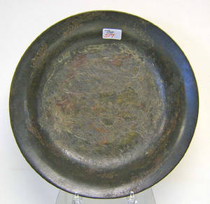 Chinese Sung Dynasty bronze pan with incised fish decoration