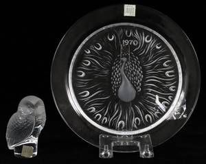 LALIQUE GLASS OWL FIGURINE  PLATE