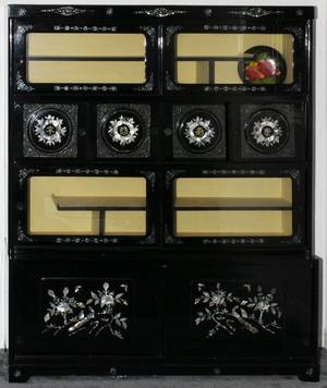CHINESE BLACK LACQUER  MOTHEROFPEARL CABINET