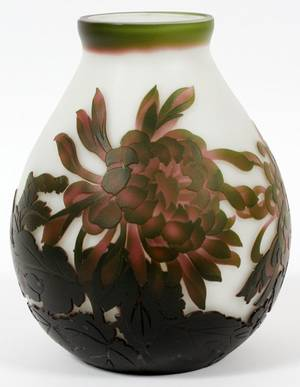 GALLE STYLE ART GLASS CAMEO VASE C1930