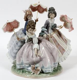 LLADRO PORCELAIN FIGURE THREE SISTERS 1986