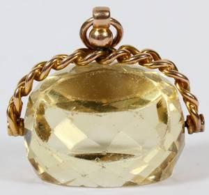 10KT YELLOW GOLD  TOPAZ PENDANT