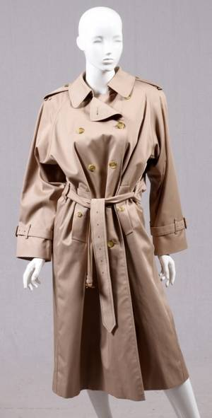BURBERRY TAN TRENCH RAINCOAT
