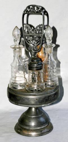 1371 VICTORIAN ELECTROPLATE SILVER REVOLVING CASTOR SE