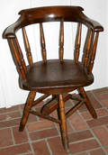 021536 AMERICAN CAPTAINS STYLE PINE SWIVEL CHAIR 19T