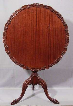 0468 CHIPPENDALE STYLE MAHOGANY TILTTOP TABLE H 29
