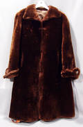 122438 BLACK BEAVER COAT RETAILED BY ANNIS FURS NYDET
