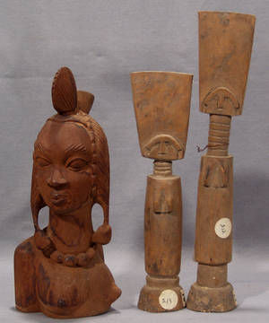 113373 AFRICAN CARVED WOOD HEAD OF WOMAN H 12 12 A