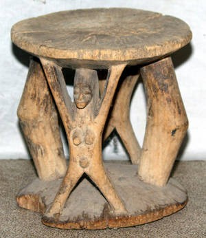 113368 CARVED WOOD STOOL H 10 DIA 9 12