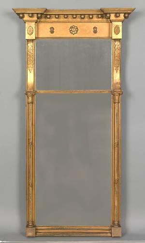 Federal giltwood mirror ca 1800