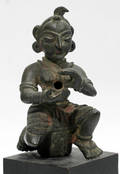 062077 BRONZE INDIAN SEATED LADY FIGURE