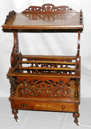 072116 VICTORIAN WALNUT MUSIC STAND