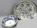 061253 JAPANESE BLUE  WHITE WARE BOWLS