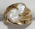 052242 GOLD FRESH WATER PEARL RING