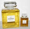 061499 CHANEL NO 5 CRYSTAL PERFUME BOTTLE