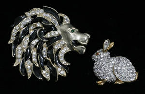 032436 COSTUME RHINESTONE RABBIT AND LION HEAD BROOCHE