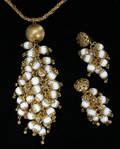 032421 DIOR GERMANY COSTUME NECKLACE AND EARRINGS