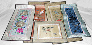 071645 SILK EMBROIDERED CHINESE TABLE SCARVES