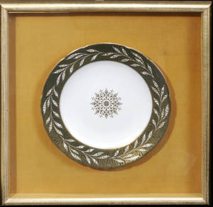 042572 COALPORT PORCELAIN CHARGER IN A SHADOW BOX FRAM