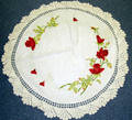 041658 CROCHET W ROSES  VINE EMBROIDERY TABLE CLOTH