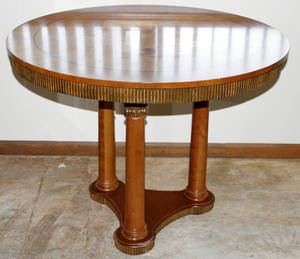 081014 BAKER NEOCLASSICAL STYLE INLAID WALNUT TABLE
