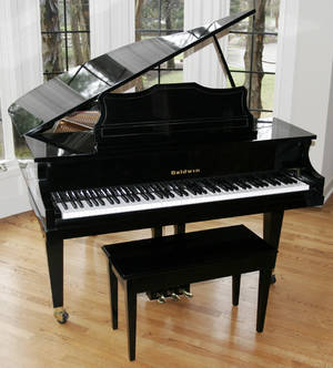 080017 BALDWIN B293918 BABY GRAND PIANO