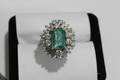 062054 EMERALD DINNER RING W 16 DIAMONDS IN PLATINUM