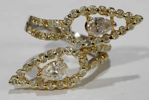 060020 DIAMOND  WHITE  YELLOW GOLD RING