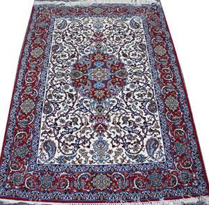 030087 ISFAHAN WOOL AND SILK PERSIAN RUG 5 9 X 3 9