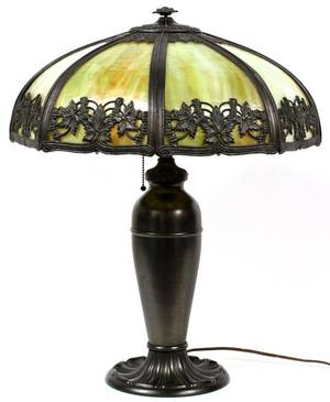 AMERICAN SLAG GLASS  PATINATED METAL TABLE LAMP