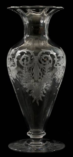 LIBBEY ENGRAVED GLASS VASE C 1890