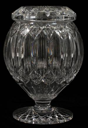 HAWKES BRILLIANT CUT GLASS ROSE BOWL W COVER